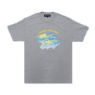 <img class='new_mark_img1' src='https://img.shop-pro.jp/img/new/icons5.gif' style='border:none;display:inline;margin:0px;padding:0px;width:auto;' />Above the clouds Tee (GRAY)