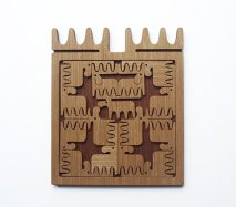 リトアニア EtnoDesign エトノデザイン 木のパズル あちこち向いたヘラジカたち ムース