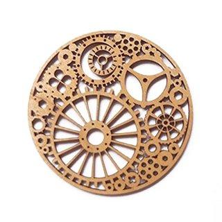 co071 リトアニア木製コースター小「時計のゼンマイ仕掛けみたいな柄」