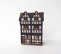 ch020 リトアニア キャンドルハウス ドイツ式の木組みの家屋