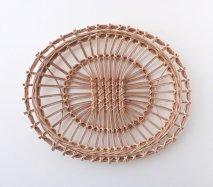 bs018 リトアニアのかご 透かし編みが美しい手編みかご 卵型の平べったいかご カゴ 籠