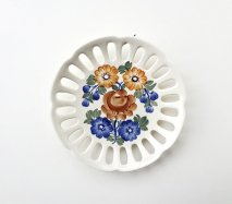 wl084 ポーランドのヴウォツワヴェク陶器 ヴィンテージ陶器 周りに穴のあいた平皿18cm  飾り皿