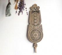 ve009 リトアニア 伝統工芸の壁飾り Verpste ベルプステ 黒ベース 中 52cm