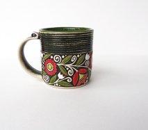 ウクライナ 刺繍のような凹凸柄が素敵な陶器 マグカップ 大 400ml