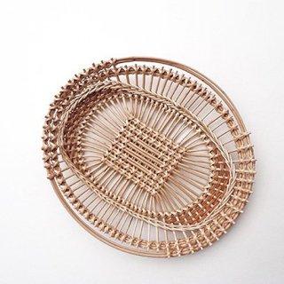 bs025 リトアニアのかご 透かし編みが美しい手編みかご 楕円模様が素敵な使いやすいサイズ