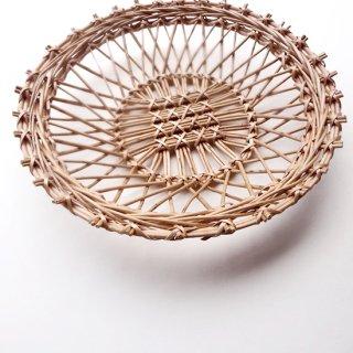 bs026 リトアニアのかご 透かし編みが美しい手編みかご 円形 サークル型
