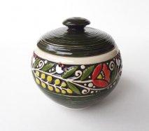 ウクライナ 刺繍のような凹凸柄が素敵な陶器 丸い壺 600ml