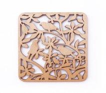 co094 リトアニア木製コースター「木々の間に隠れた鳥4羽」