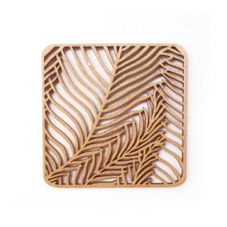 co113 リトアニア木製コースター「シダ植物が生い茂る四角柄」
