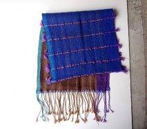 リトアニア 手織りのウールストール 体を包み込む大判ストール コート代わりに ブルー