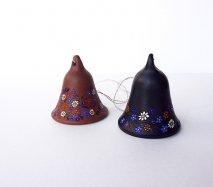 リトアニア Reginaさんの黒陶器 ブラックセラミック 小さなベル