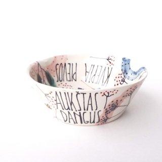 sc010 リトアニア 手びねりの形とラフな手書きイラスト 味のある陶器 深皿 16cm