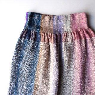 ny324 リトアニア 手織りリネンのスカート 柔らかな虹のような色合い