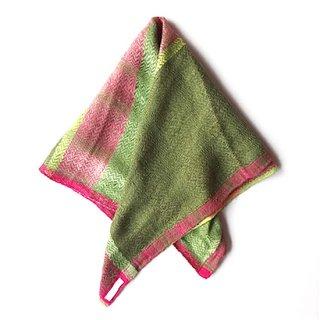 ny094 リトアニアの手織りリネンスカーフ ピンクとグリーン