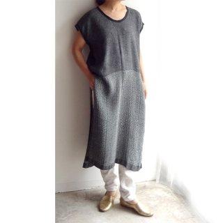nyc004 手織りリネン シックな色合い、厚みのあるしっかりとしたスリット入ワンピース