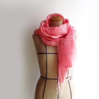 透け感のある美しい手織りリネンストール パキッとした色味のコーラルピンク