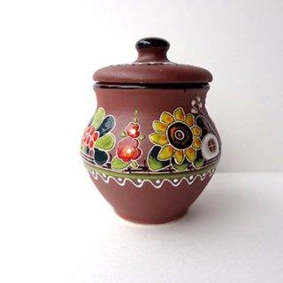 ウクライナ 刺繍のような凹凸柄が素敵な陶器 ころんと丸い形の茶色い壺