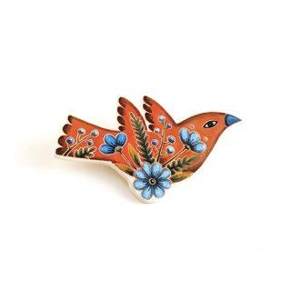 adm007 リトアニアの森の物語がぎゅっと詰まった陶器のブローチ オレンジ色の羽ばたく小鳥