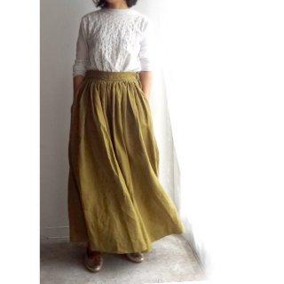 npl016 たっぷりギャザーのロングスカート