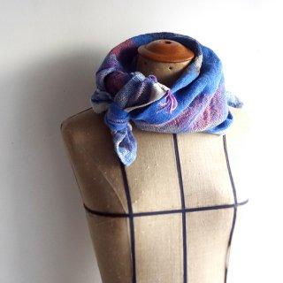 ny752 リトアニアの手織りリネンスカーフ ブルー基調にピンクや白、紫の色合い