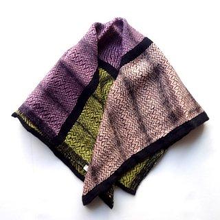 ny756 リトアニアの手織りリネンスカーフ イエローに薄ピンク、薄オレンジに黒い縁取り