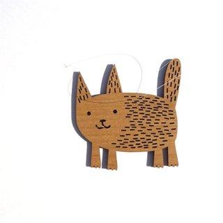or044 リトアニア EtnoDesignエトノデザイン 木製オーナメント  水面のような毛並み ぽっちゃりネコ ねこ 猫
