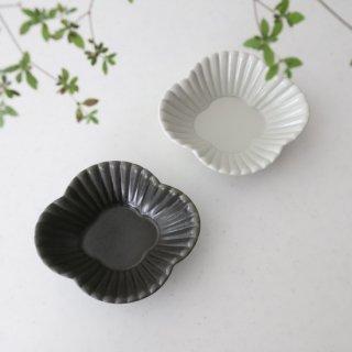 菊割木瓜 3.5寸鉢