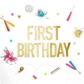 【Alexis Mattox Design】FIRST BIRTHDAY ゴールドグリッター バナー ガーランド レターバナー ファーストバースデイ お誕生日(GB-Fistbirthday)