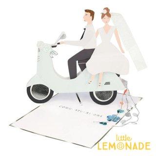 【MeriMeri メリメリ】スクーターカップルのメッセージカード Scooter Couple Stand-up Card Wedding ウエディング リトルレモネード(205039)