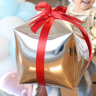 クリスマス風船 シルバーキューブ【ぺしゃんこでお届け】膨らませると四角になるバルーン アルミバルーン(2289)