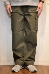 <img class='new_mark_img1' src='https://img.shop-pro.jp/img/new/icons1.gif' style='border:none;display:inline;margin:0px;padding:0px;width:auto;' />キッフェ【KIFFE】SINGLE GURKHA PANTS