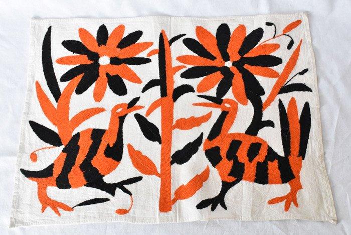 オトミ刺繍ハンカチ・タペストリー『O&B』