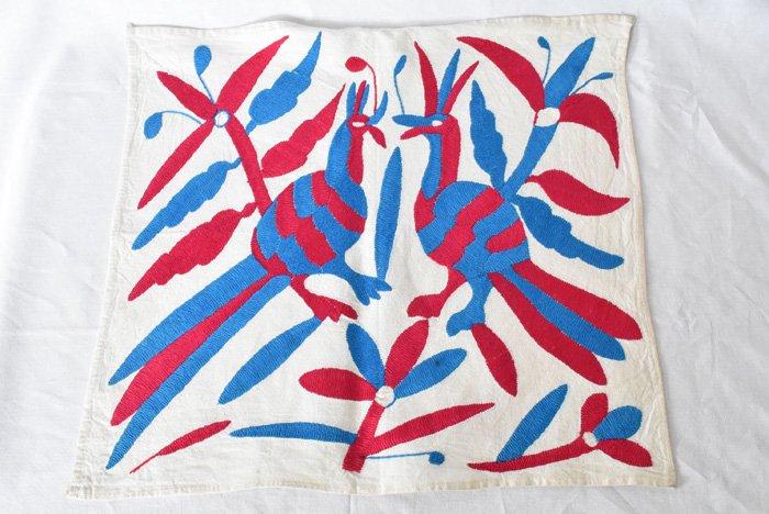 オトミ刺繍ハンカチ・タペストリー『P&B』