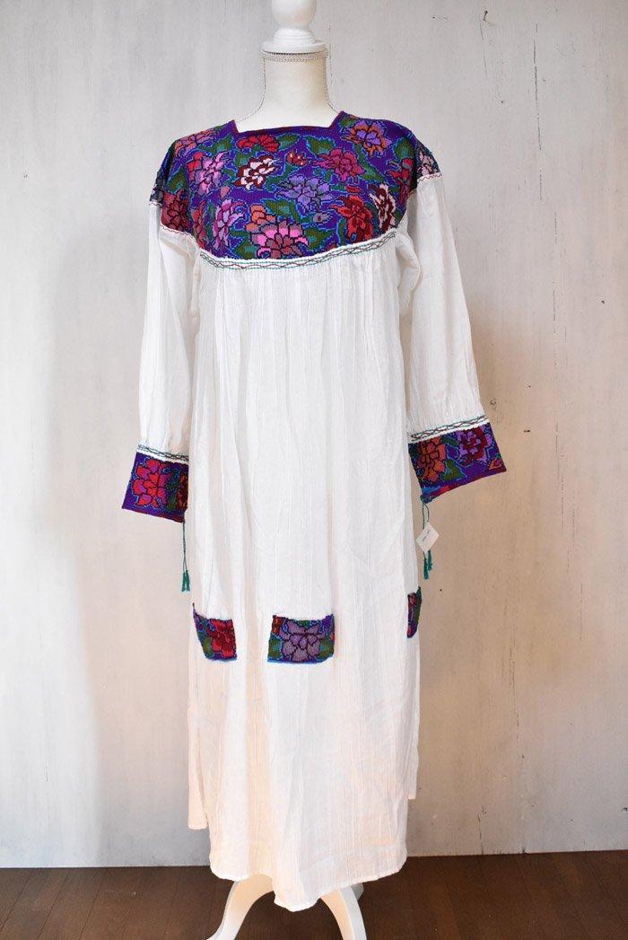 シナカンタン刺繍☆ロングドレス