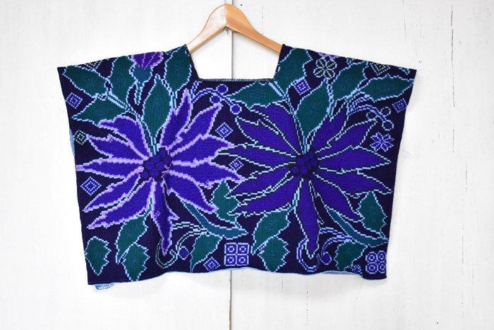シナカンタン刺繍☆ウィピル『花』