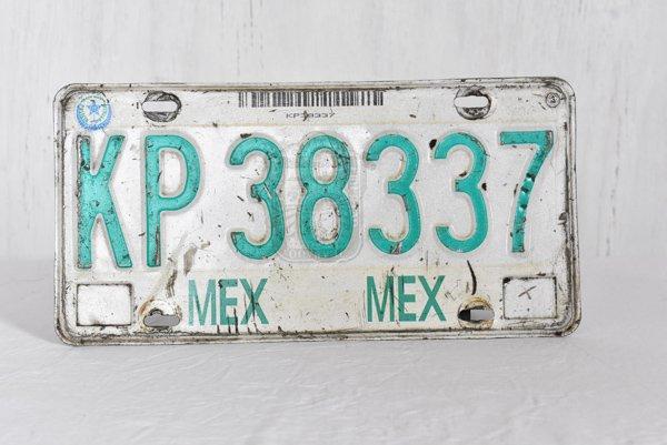 メキシコの車ナンバープレートA※本物です