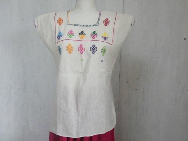 チアパス刺繍ウィピルFキナリ