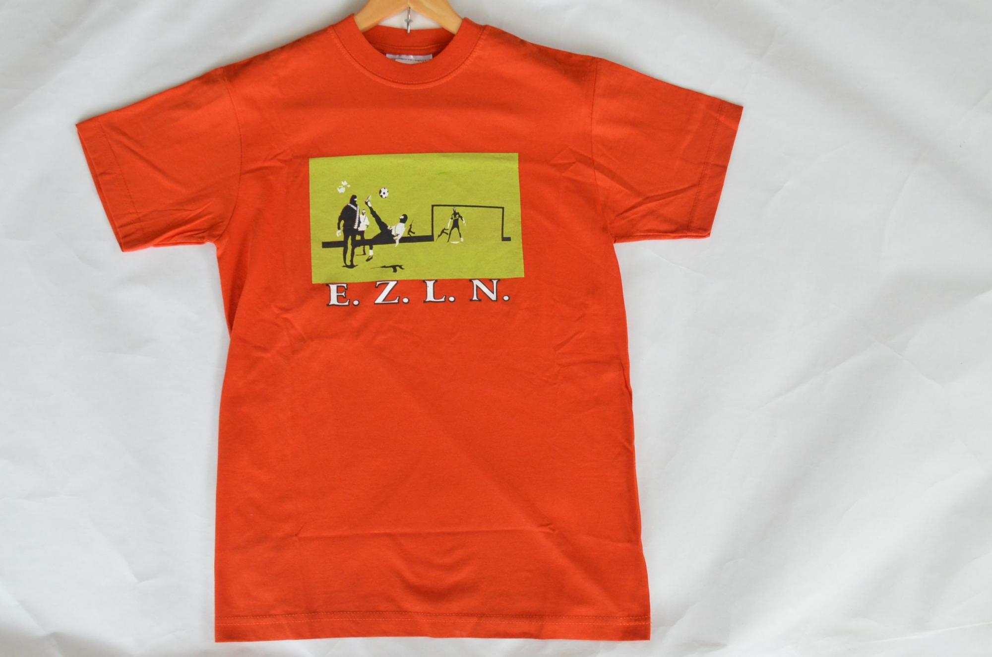 サパティスタTシャツ『覆面でサッカー』