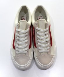 <img class='new_mark_img1' src='https://img.shop-pro.jp/img/new/icons49.gif' style='border:none;display:inline;margin:0px;padding:0px;width:auto;' />vans STYLE 36 Marshmallow (Racing Red) SOLD OUT