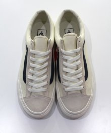 <img class='new_mark_img1' src='https://img.shop-pro.jp/img/new/icons49.gif' style='border:none;display:inline;margin:0px;padding:0px;width:auto;' />vans STYLE 36 Marshmallow (Dress Blues) SOLD OUT