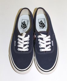 <img class='new_mark_img1' src='https://img.shop-pro.jp/img/new/icons49.gif' style='border:none;display:inline;margin:0px;padding:0px;width:auto;' />vans Authentic 44 DX <BR>(NAVY) SOLD OUT