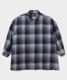 <img class='new_mark_img1' src='https://img.shop-pro.jp/img/new/icons34.gif' style='border:none;display:inline;margin:0px;padding:0px;width:auto;' />DELUXE <BR>DELUXE × PENDLETON PONCHO (BLACK)
