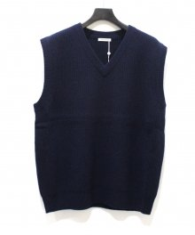 <img class='new_mark_img1' src='https://img.shop-pro.jp/img/new/icons49.gif' style='border:none;display:inline;margin:0px;padding:0px;width:auto;' />UNIVERSAL<BR>PRODUCTS <BR>AIR MERINO 7G KNIT VEST SOLD OUT