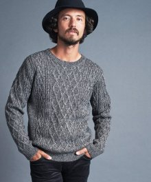 <img class='new_mark_img1' src='https://img.shop-pro.jp/img/new/icons34.gif' style='border:none;display:inline;margin:0px;padding:0px;width:auto;' />Magine <BR>W/AC ALAN KNIT C/N L/S (C.GRAY)