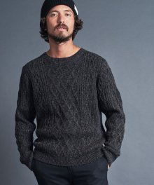 <img class='new_mark_img1' src='https://img.shop-pro.jp/img/new/icons34.gif' style='border:none;display:inline;margin:0px;padding:0px;width:auto;' />Magine <BR>W-AC ALAN KNIT C-N L-S ニット