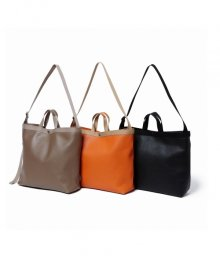<img class='new_mark_img1' src='https://img.shop-pro.jp/img/new/icons34.gif' style='border:none;display:inline;margin:0px;padding:0px;width:auto;' />hobo <BR>Shrink Leather Shoulder Tote Bag-M