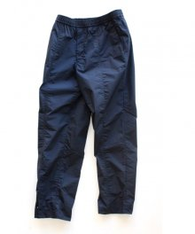 <img class='new_mark_img1' src='https://img.shop-pro.jp/img/new/icons49.gif' style='border:none;display:inline;margin:0px;padding:0px;width:auto;' />UNIVERSAL<BR>PRODUCTS <BR>NYLON TRACK PANTS SOLD OUT