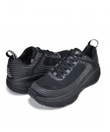 <img class='new_mark_img1' src='https://img.shop-pro.jp/img/new/icons49.gif' style='border:none;display:inline;margin:0px;padding:0px;width:auto;' />HOKA ONE ONE <BR>BONDI 6 SOLD OUT