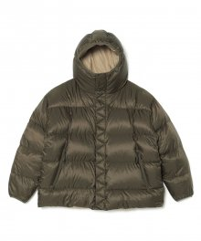 <img class='new_mark_img1' src='https://img.shop-pro.jp/img/new/icons34.gif' style='border:none;display:inline;margin:0px;padding:0px;width:auto;' />White<BR>Mountaineering<BR>REVERSIBLE DOWN JACKET