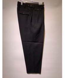 <img class='new_mark_img1' src='https://img.shop-pro.jp/img/new/icons49.gif' style='border:none;display:inline;margin:0px;padding:0px;width:auto;' />marka <BR>CLASSICAL TROUSERS DRY WOOL SERGE (BLACK) SOLD OUT